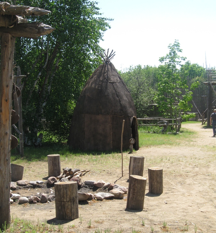The Recreation of an Ouendat (Wendat) Village, Midland, Ontario